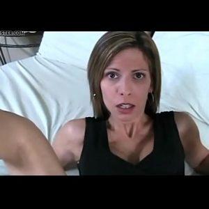 Zoon neukt moeder anaal
